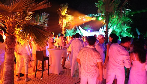 robinson club türkei camyuva party