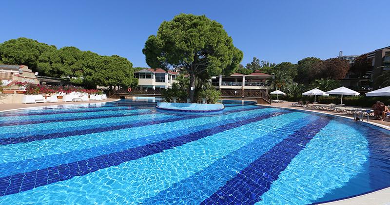 Pool im Masmavi